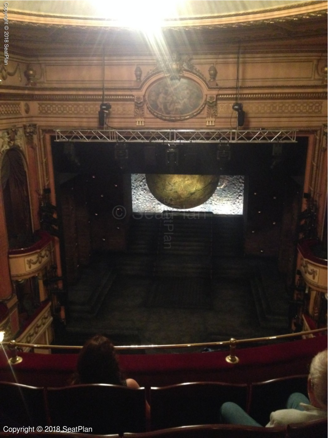 Beginner's guide: Where to sit at the theatre • theatre.london