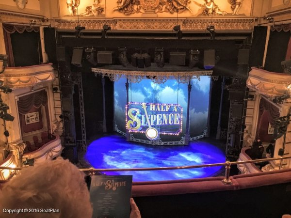 Grand circle noel coward theatre seating plan london for Balcony novello theatre