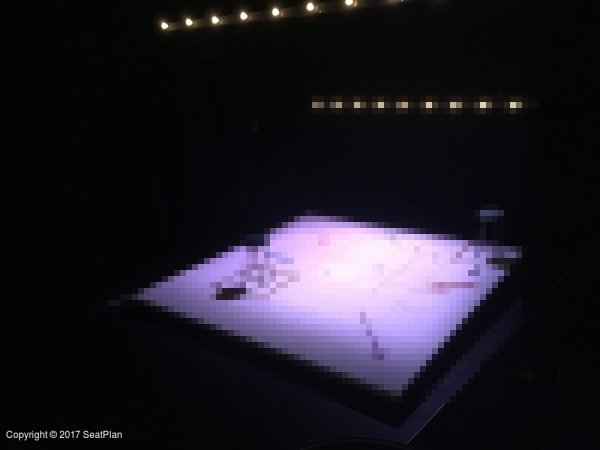 R8 Circle - Arts Theatre - Seat Review & View Photo